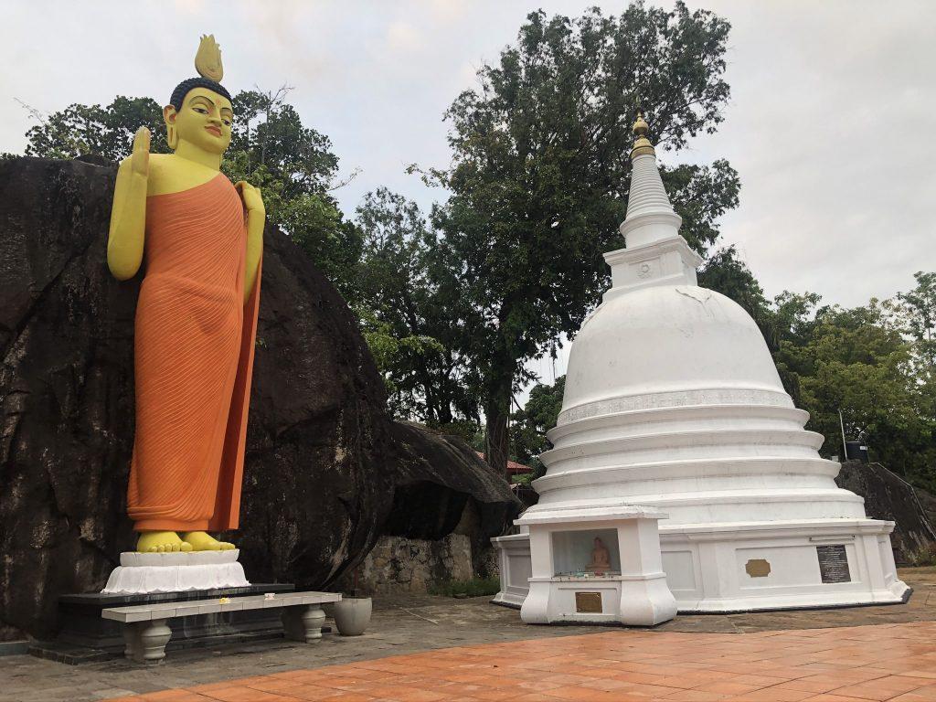 Buda Templo de Yatagala