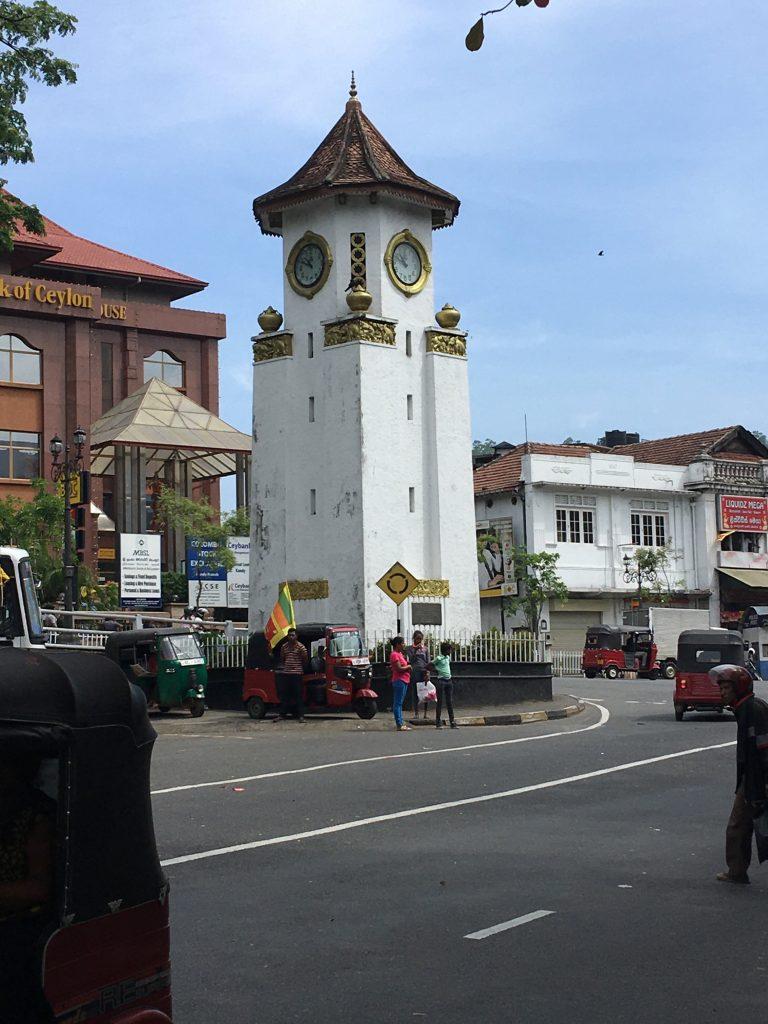 Torre-del-reloj-Kandy