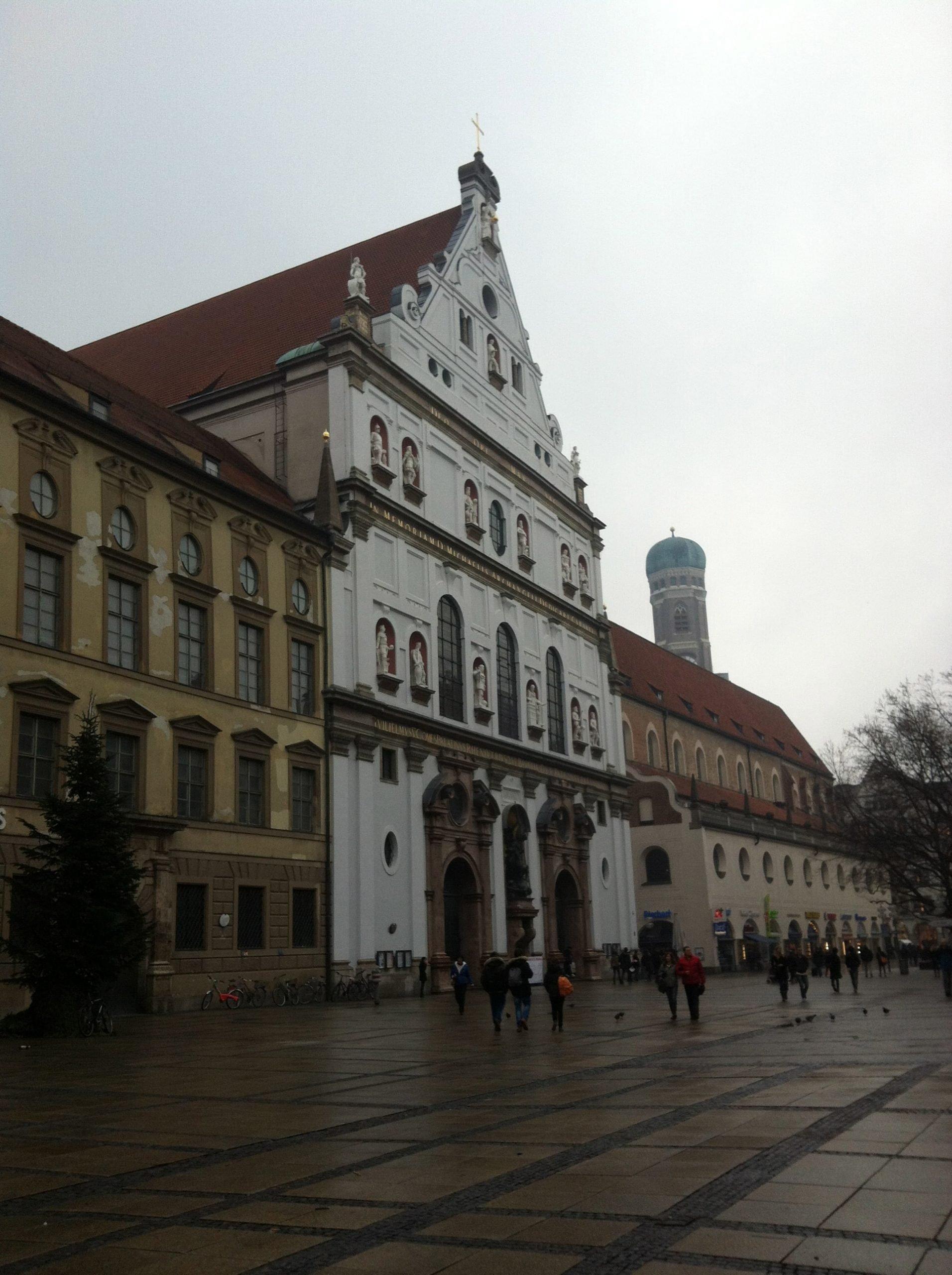 Iglesia San Miguel, Munich