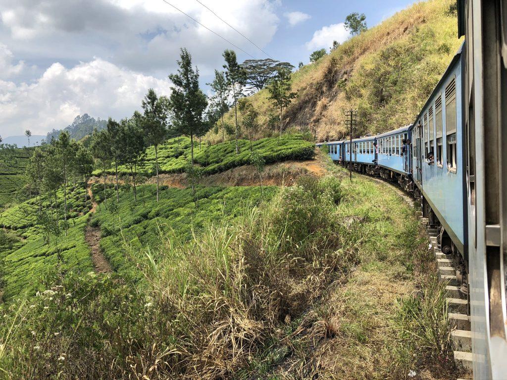 Tren-Sri-Lanka