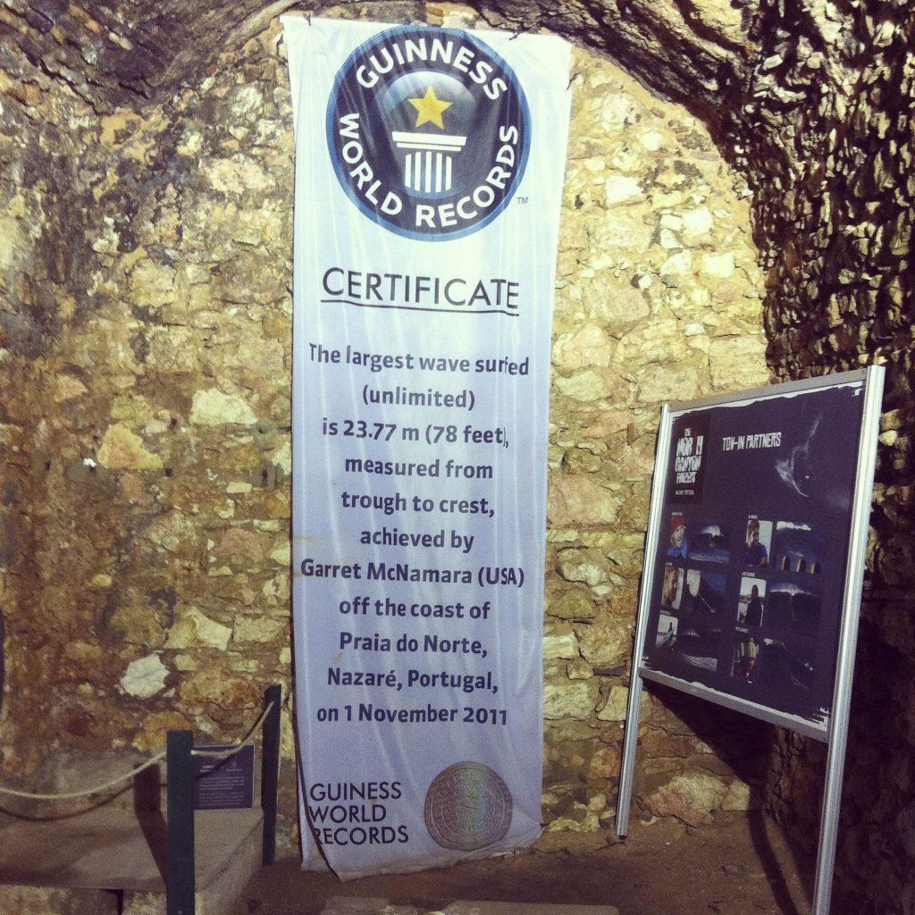 Record Guinness de la ola más grande surfeada. Nazaré