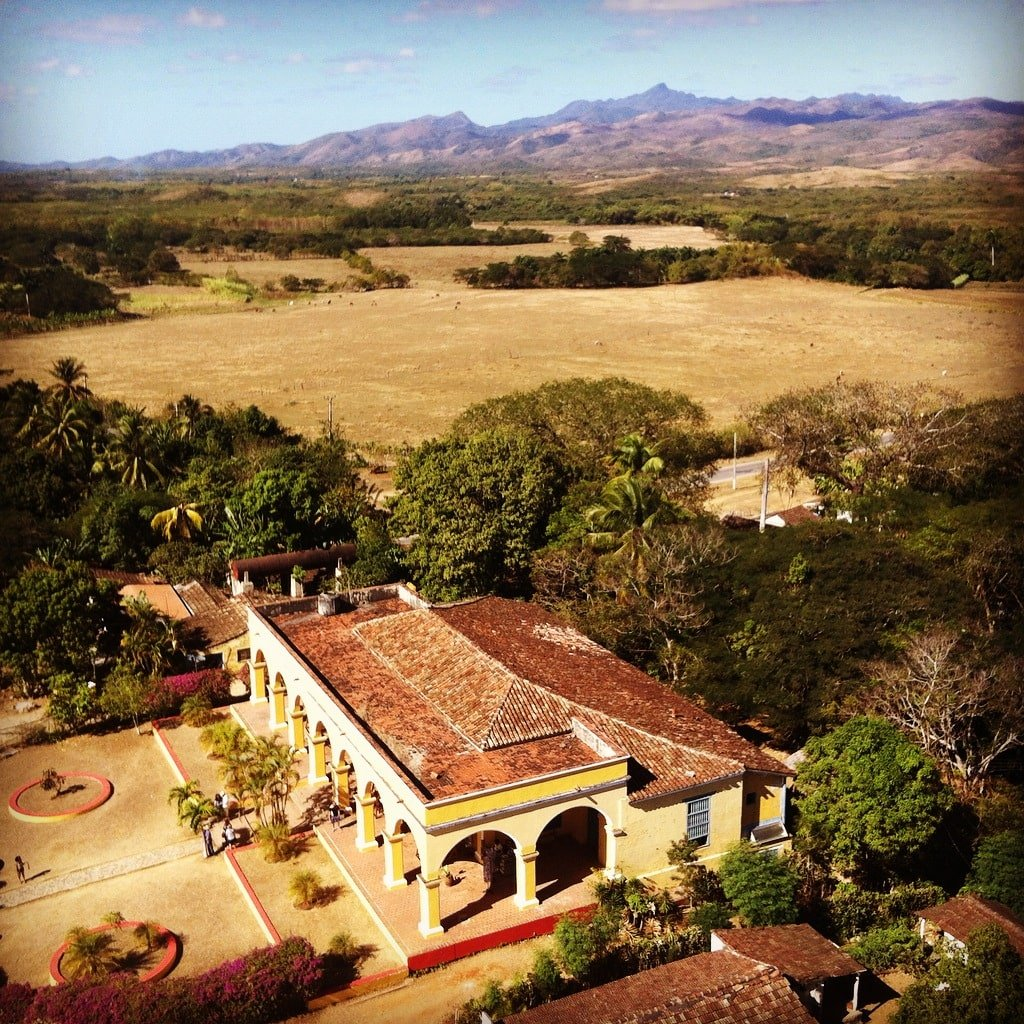 Vistas desde lo alto de la torre de Manaca Iznaga